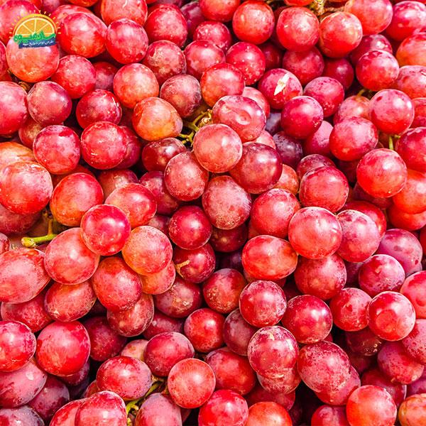 بهترین میوهها برای بیماران قلبی: 9. انگور قرمز مناسب برای رفع فشار خون