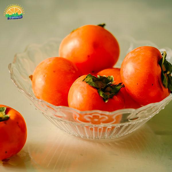 بهترین میوهها برای کم خونی: 16. خرمالو از بهترین میوهها برای رفع کم خونی در کودکان