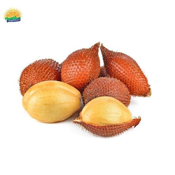 سالاک یکی از میوههای عجیب در دنیا