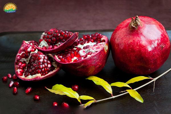 معرفی میوه های پاییزی: 1. انار