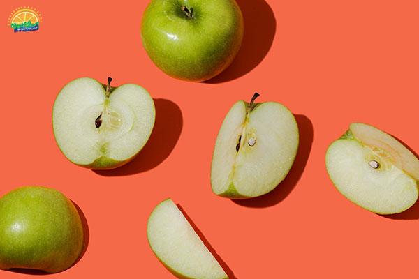 نحوهی انتخاب میوه پاییزی سیب