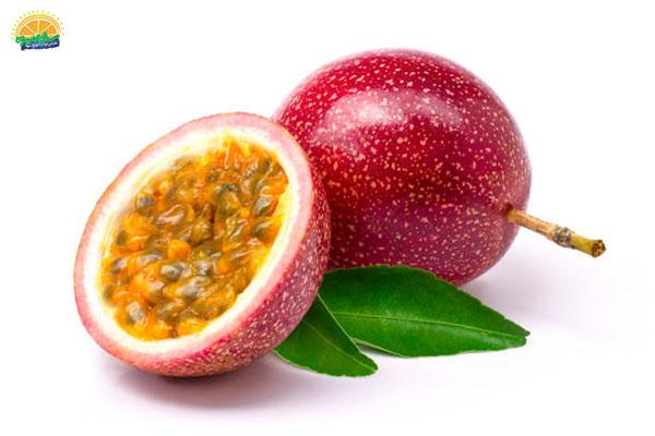 نحوهی انتخاب میوه پاییزی پشن فروت